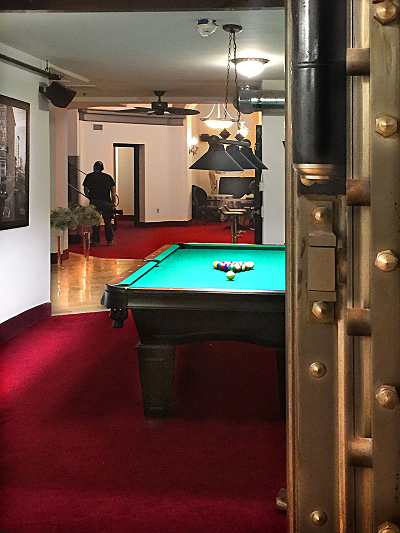 Vault Pool Table